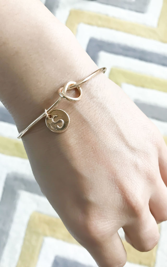 Gold knot Bracelet with Personalised Initial Charm - H by Free Spirits
