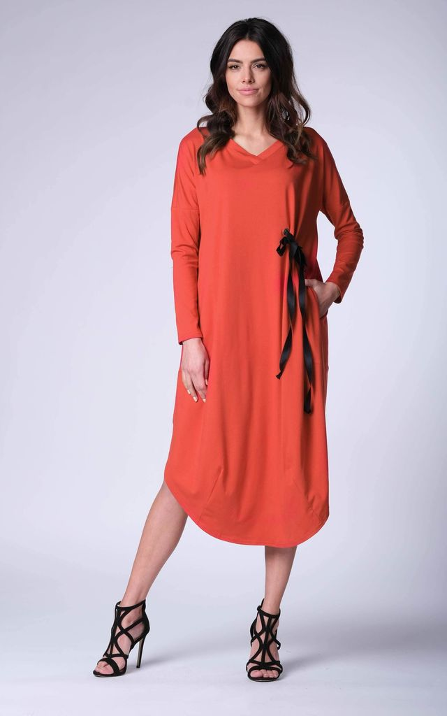 d833608af60 Maxi Loose Dress Long Sleeve With Ribbon In Red | Bergamo | SilkFred