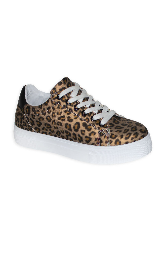 The Leopard Khaki trainers by Miss Red