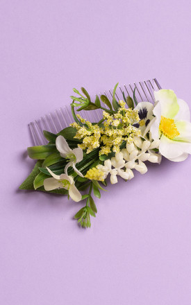 Meadow Comb in spring Posy by Crown and Glory