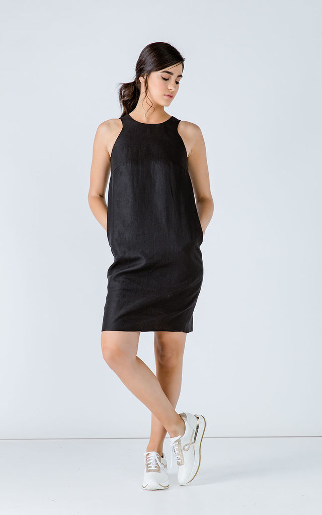 Black Sleeveless Sack Dress by Conquista Fashion