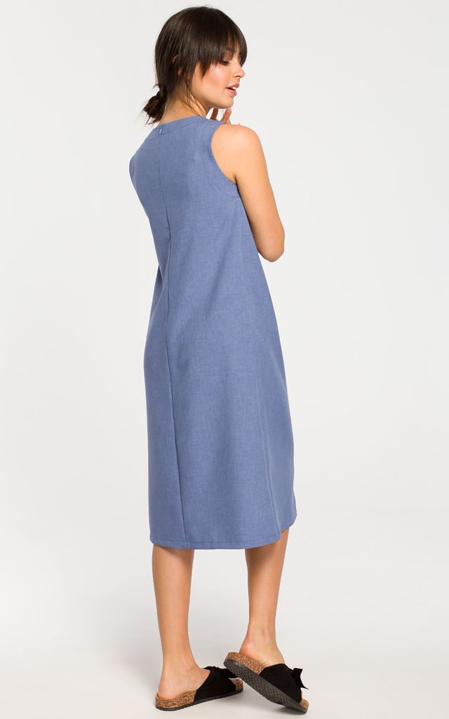 Sleevless Midi Skater Dress in Blue by MOE