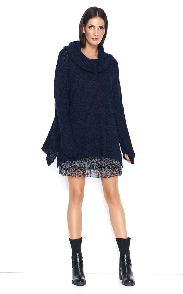 Oversized Sweater with Turtleneck in Navy Blue by Makadamia