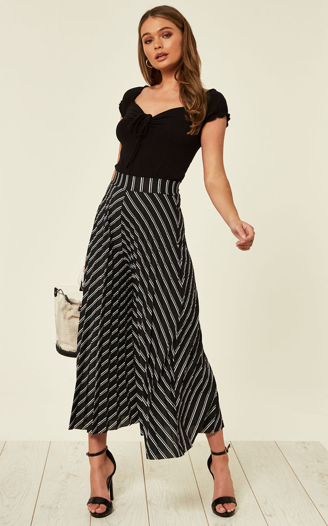 d304f5b915d ANNALEE – Black White Stripe Pleated Culottes by Blue Vanilla