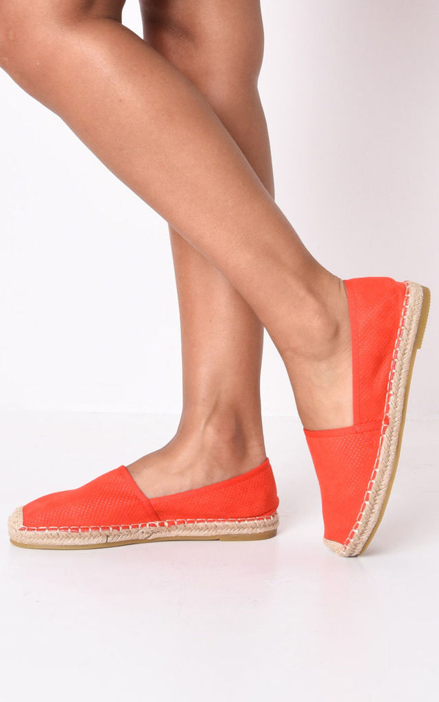 Faux suede flat espadrilles red by LILY LULU FASHION