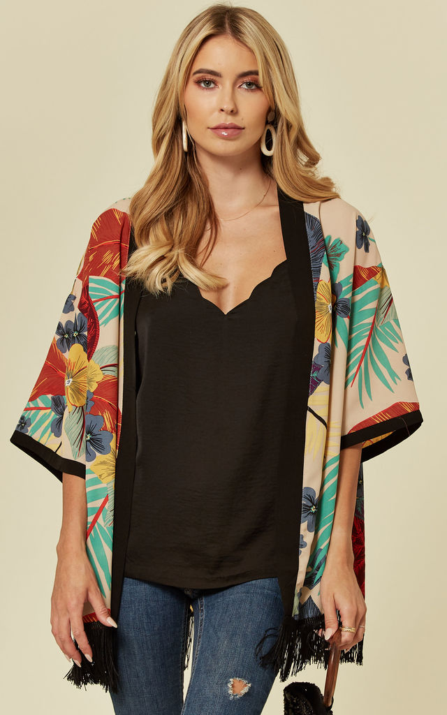 Floral Print Short Sleeve Kimono by Oeuvre