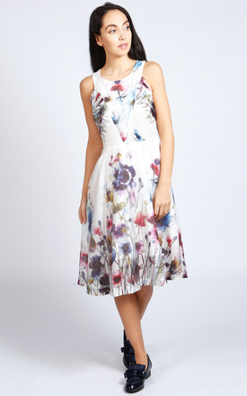 Lavinia Sleeveless Dress In Floral Print by LAGOM Product photo