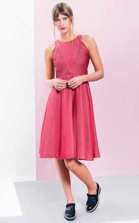 Lavinia Sleeveless Dress In Red by LAGOM Product photo