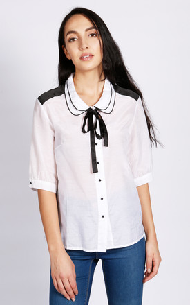 Carla Double Collar Blouse In White by LAGOM Product photo