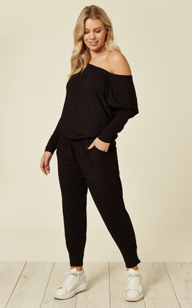 GRACE LOUNGEWEAR SET IN BLACK by EDDI CLOTHING