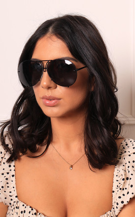 Kris Oversized Curved Lens Aviator Sunglasses in Black with Pewter Frame by One Nation Clothing