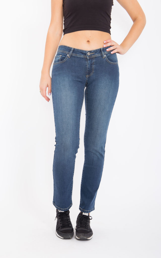 Jeans Britney Regular Fit & Straight Leg -Dark Blue Wash Britney by WAY OF GLORY