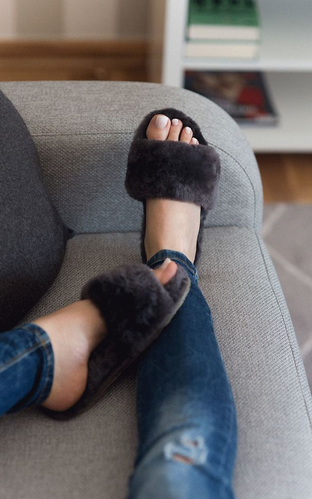Spa Sheepskin Slider Slippers in Grey by Sheepers
