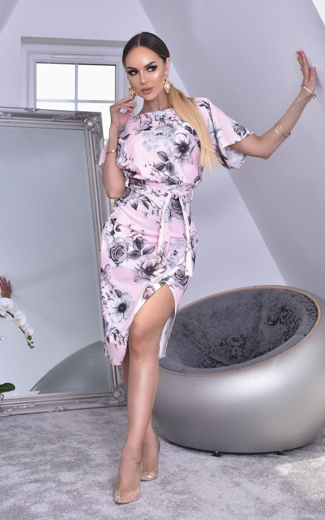 Judith Batwing Wrap Dress in Pink Floral by Missfiga
