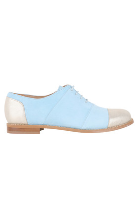 Comfortable leather flat shoes by House of Spring