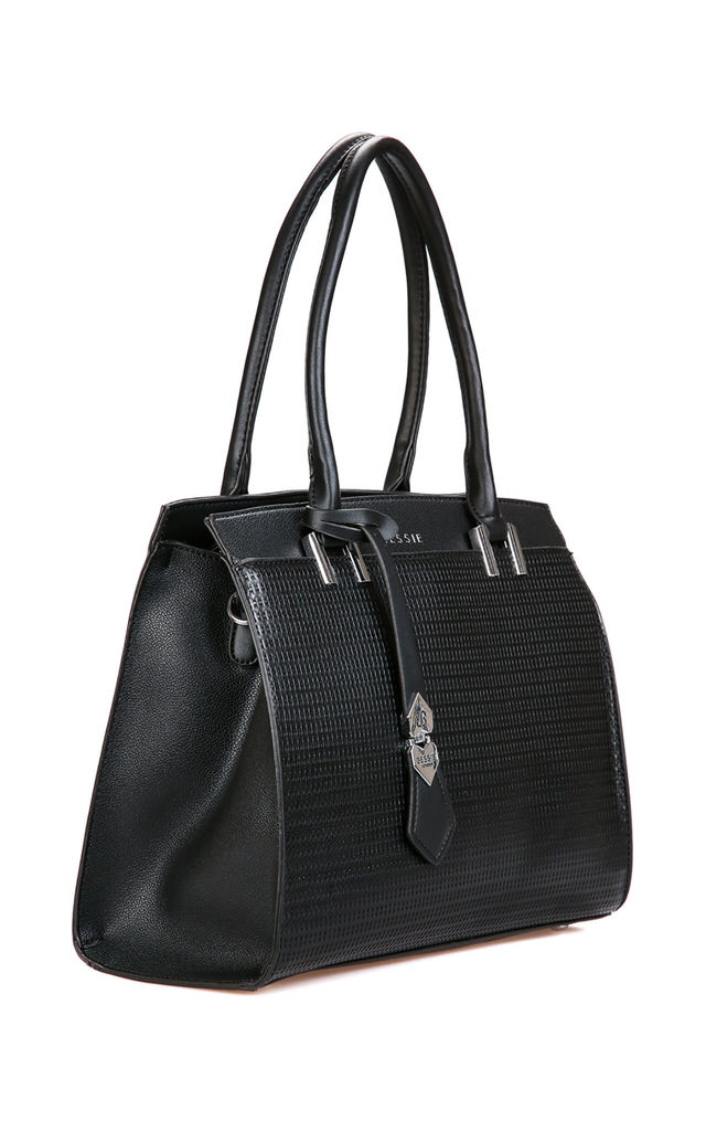 WOVEN PATTERN SHOULDER BAG BLACK by BESSIE LONDON