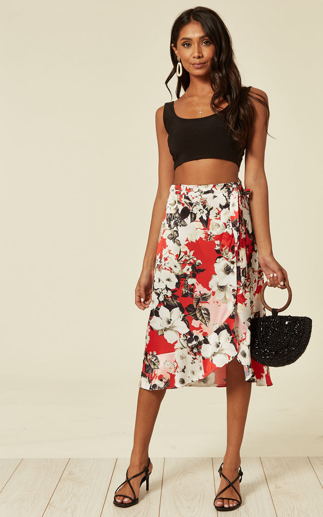 Frill edge midi skirt with through buttons in red floral by D.Anna
