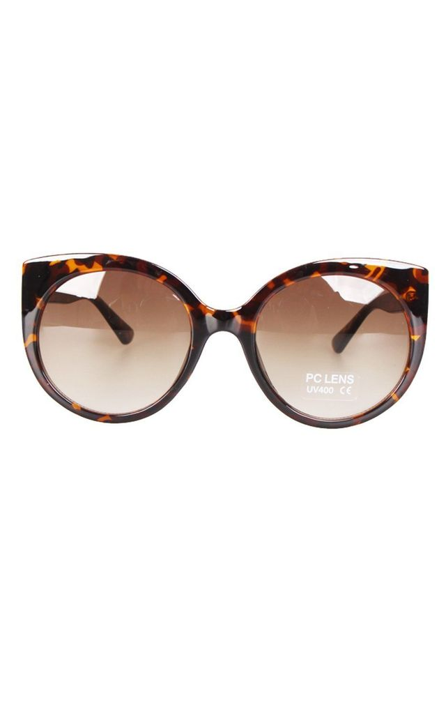 Round Cat Eye Sunglasses In Tortoise Shell Print by Urban Mist