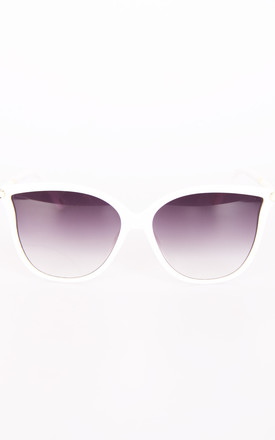 Retro Cat Eye Sunglasses In White by Urban Mist