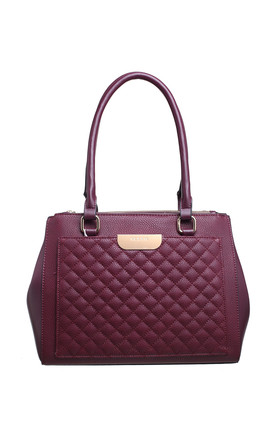 QUILTED MULTI COMPARTMENT SHOULDER BAG RED by BESSIE LONDON