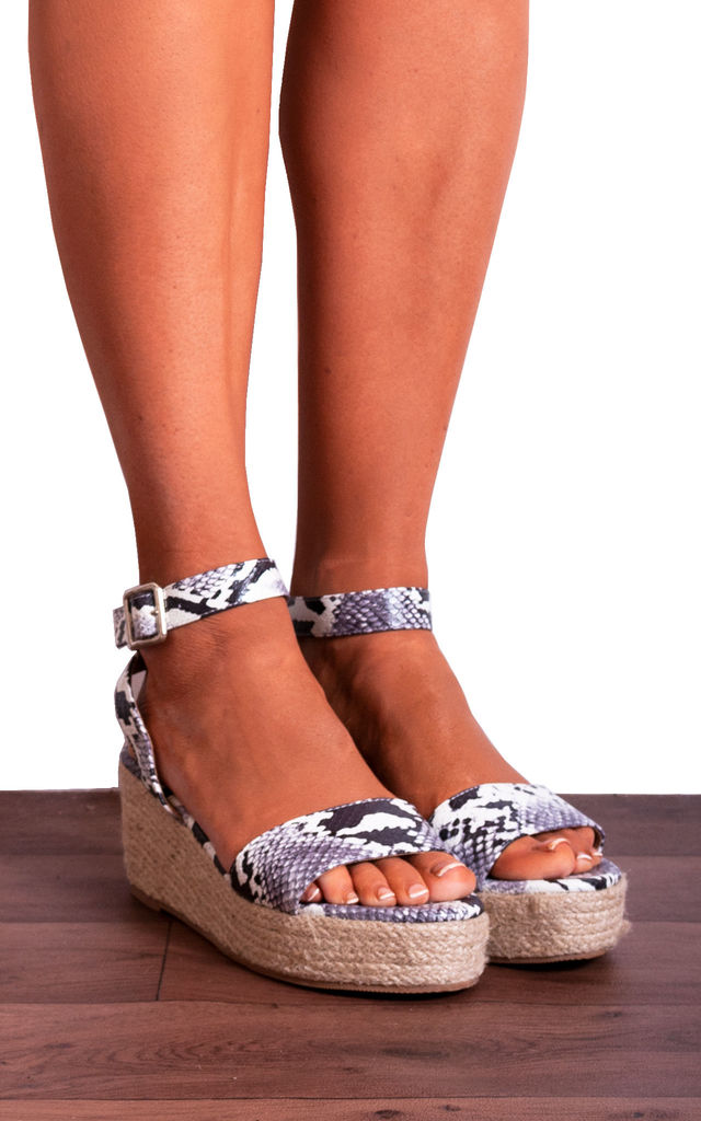 Snake Animal Print Ankle Strap Peep Toes Canvas Wedged Platforms Wedges Strappy Sandals by Shoe Closet