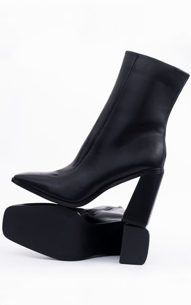 THORIYUM Block Heel Ankle Boots in Black Faux Leather by SpyLoveBuy
