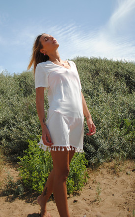 White T Shirt Dress With V Neck And Tassels by White Leaf Product photo