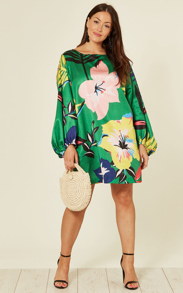 Plus Size Shift Dress In Green Floral Print By Liquorish