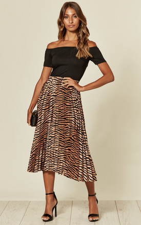 2 In 1 Bardot Pleated Dress In Black/Animal Print by AX Paris Product photo