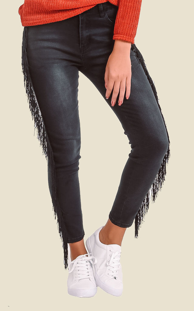 Black Skinny Jeans With Fringed Sides by Ivykove
