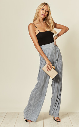 Pleated High Waisted Trousers in Light Blue by Verso Fashion