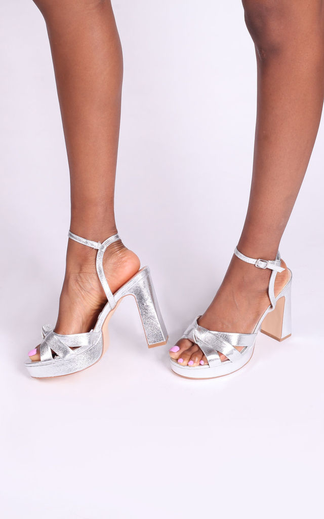 Simone Platform Sandals in Silver Crinkle Faux Leather by Linzi