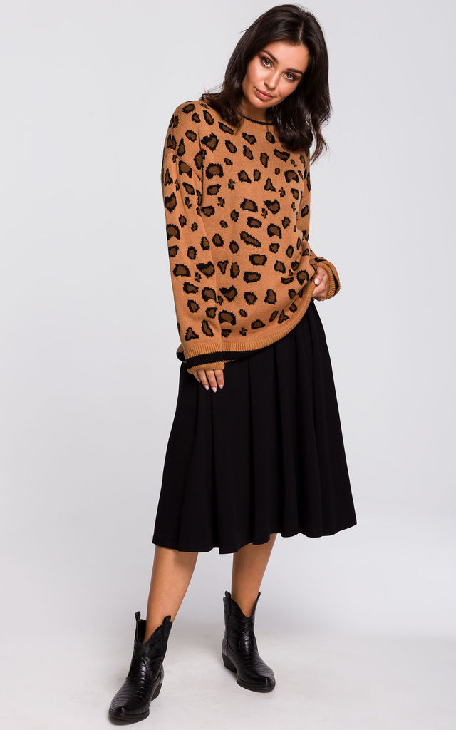 Knitted Jumper in Brown Leopard Print by MOE