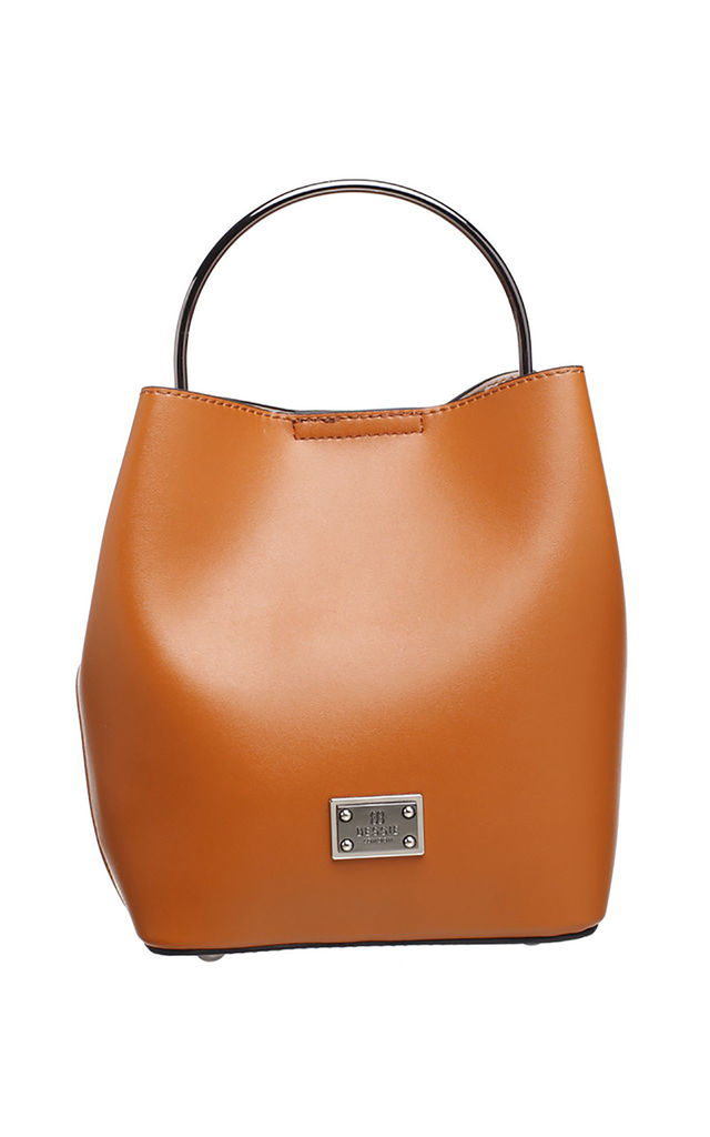 TAN BUCKET BAG WITH METAL HANDLE by BESSIE LONDON