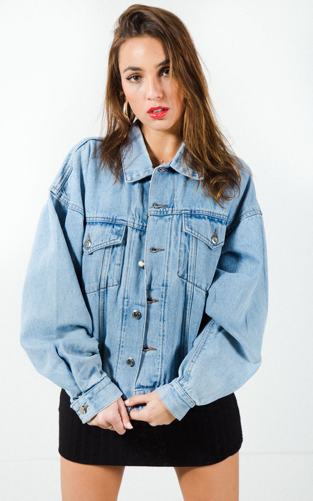 "Vintage Wrangler ""Ligth-Wash"" Denim Jacket / 7499 by Avelinas Vintage"