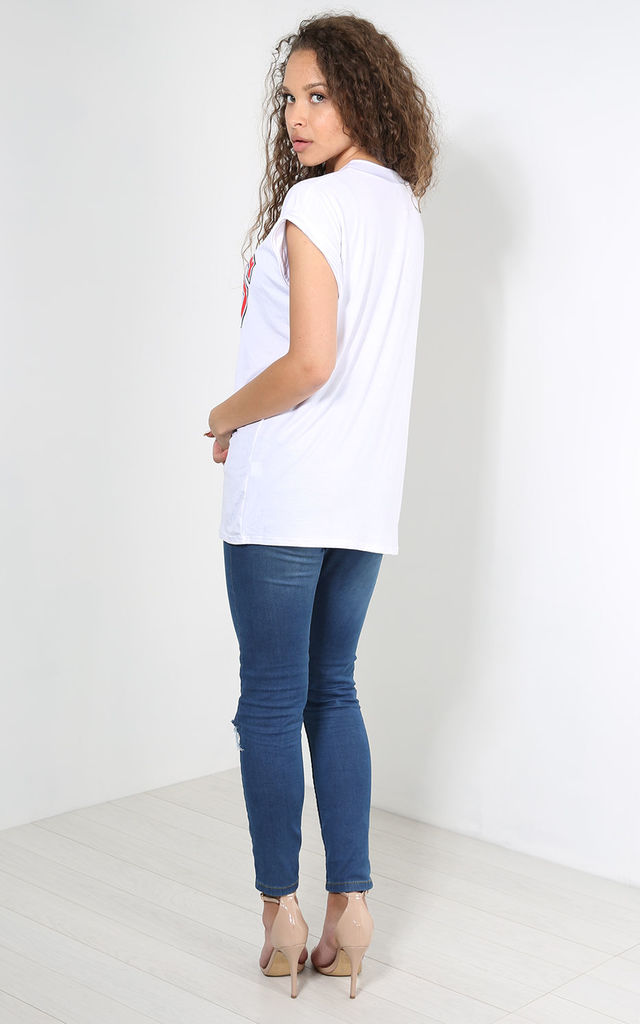 White T-Shirt with Bulls Sports Print by Oops Fashion