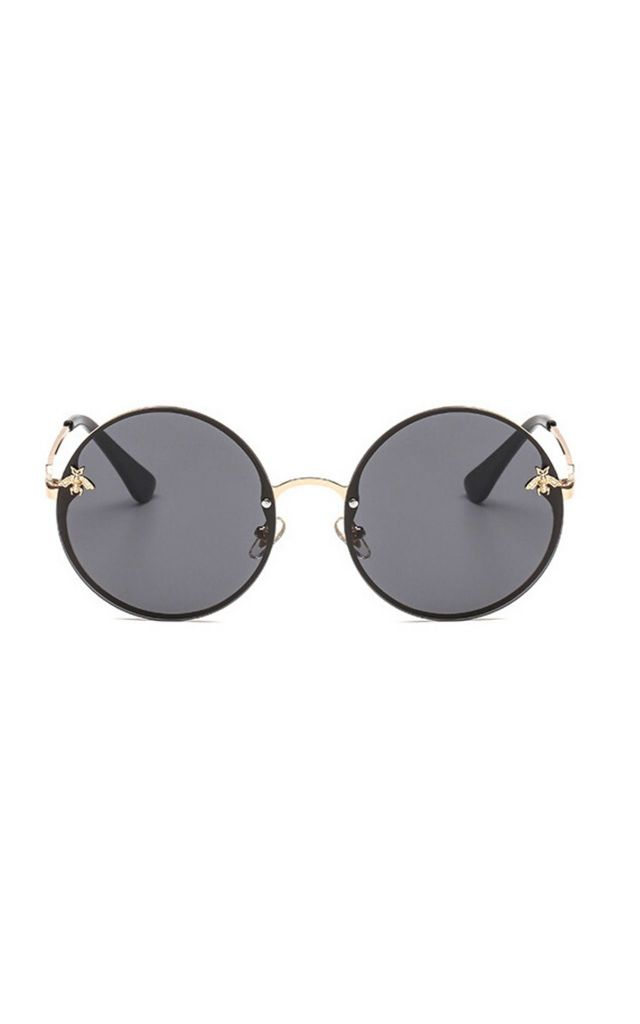 Bey Large Circle Sunglasses In Black by Don't Be Shady