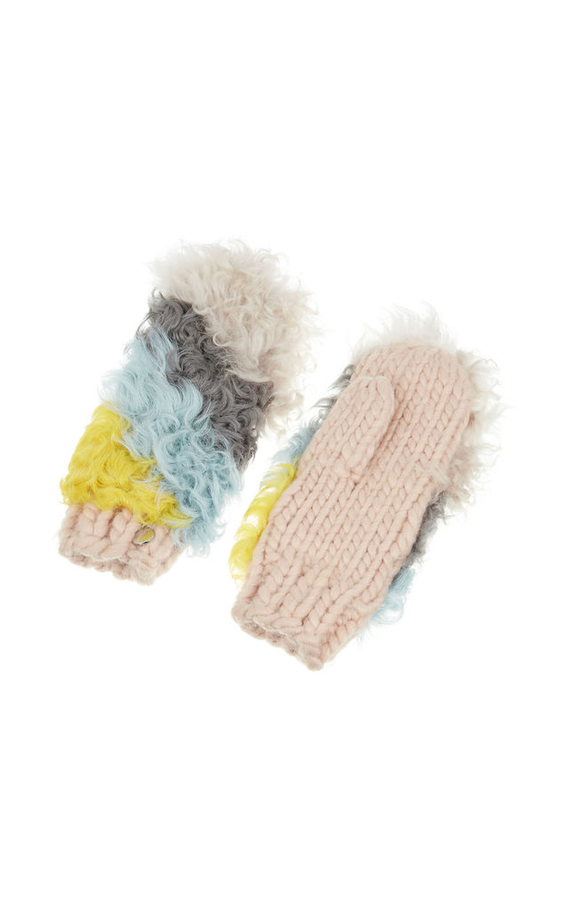 Gloves in Multicoloured Faux Fur by Urbancode London