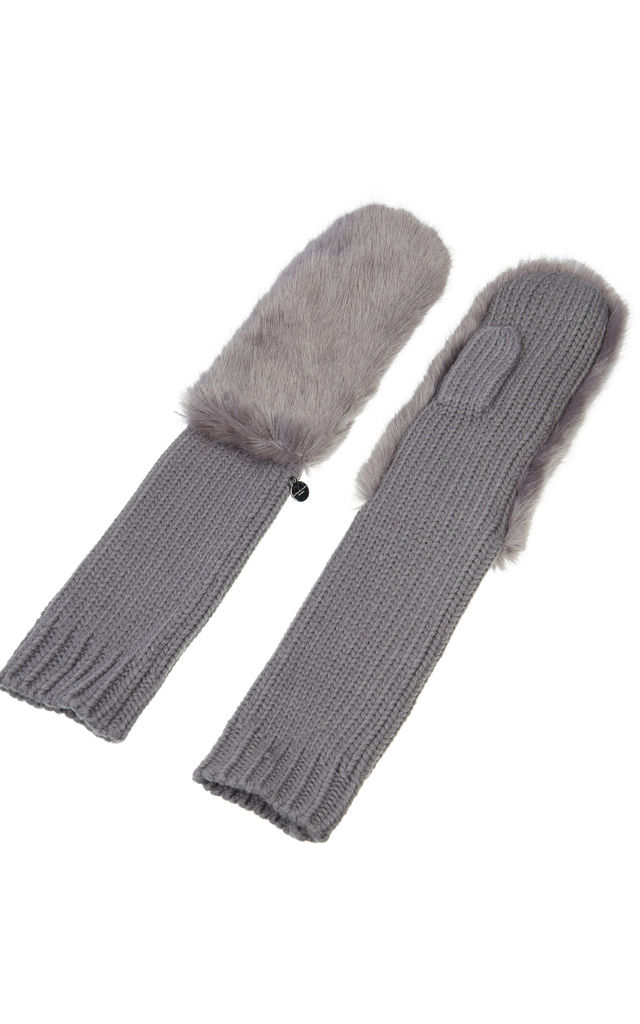 Knitted Gloves Grey by Urbancode London