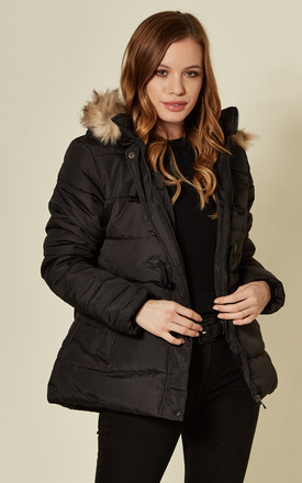 DELILAH BLACK TOGGLE FRONT SHORT PUFFER COAT by Blue Vanilla