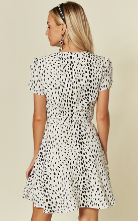 Exclusive Short Sleeved Tie Waist Skater Dress in White Dalmation by Glamorous
