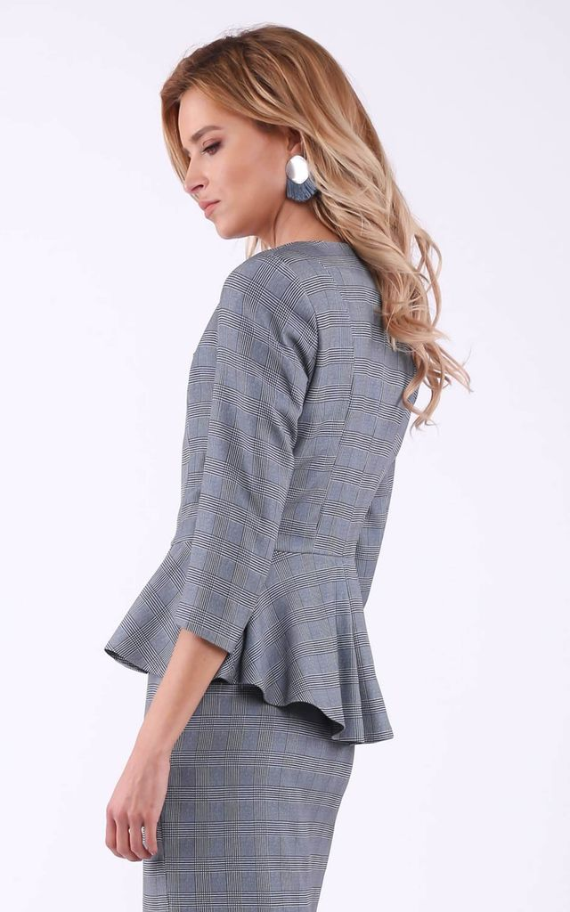 Grey checked 3/4 sleeve jacket without collar by Bergamo