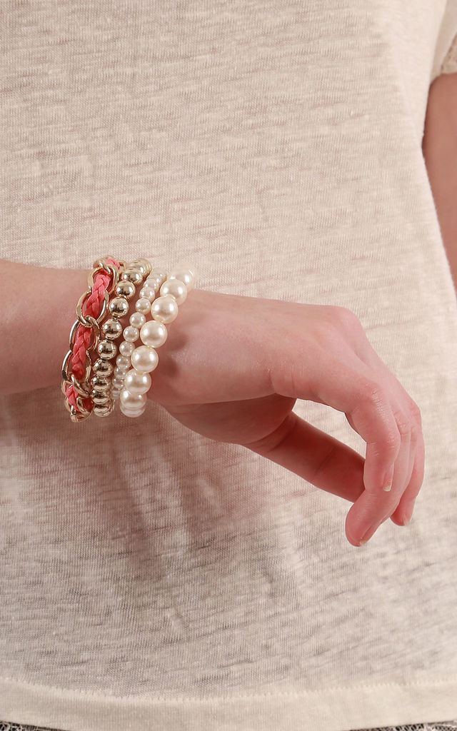 Coral Mother Of Pearl Stretch Bracelet by Emi Jewellery