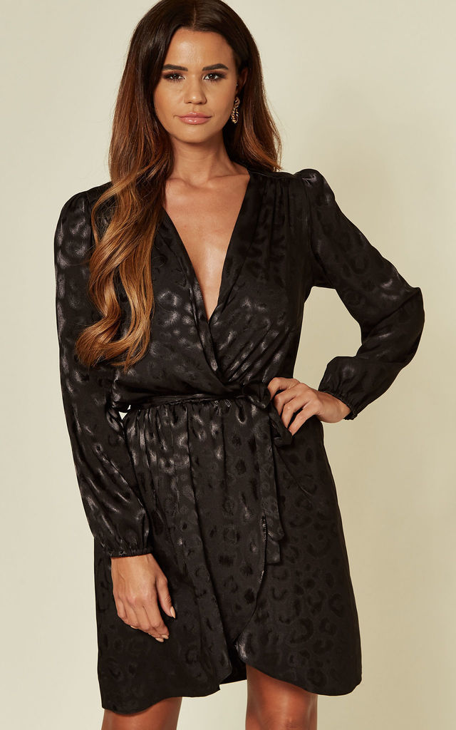 Black Large Leopard Long Sleeve Jacquard Dress by Love