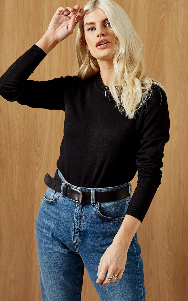 Long Sleeved Knitted Top in Black by Pieces