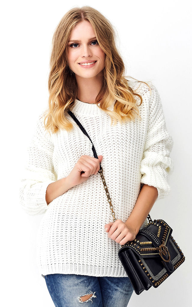 Round Neck Oversized Jumper in White by Makadamia