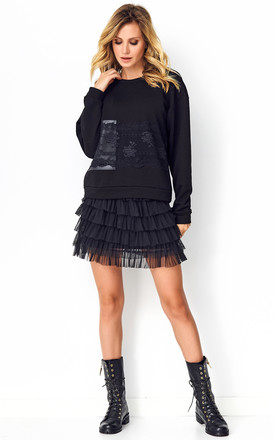 Sweatshirt with Lace Details in Black by Makadamia