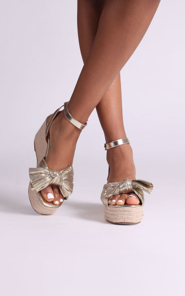 Royal Gold Rope Wedges With Front Bow Detail by Linzi