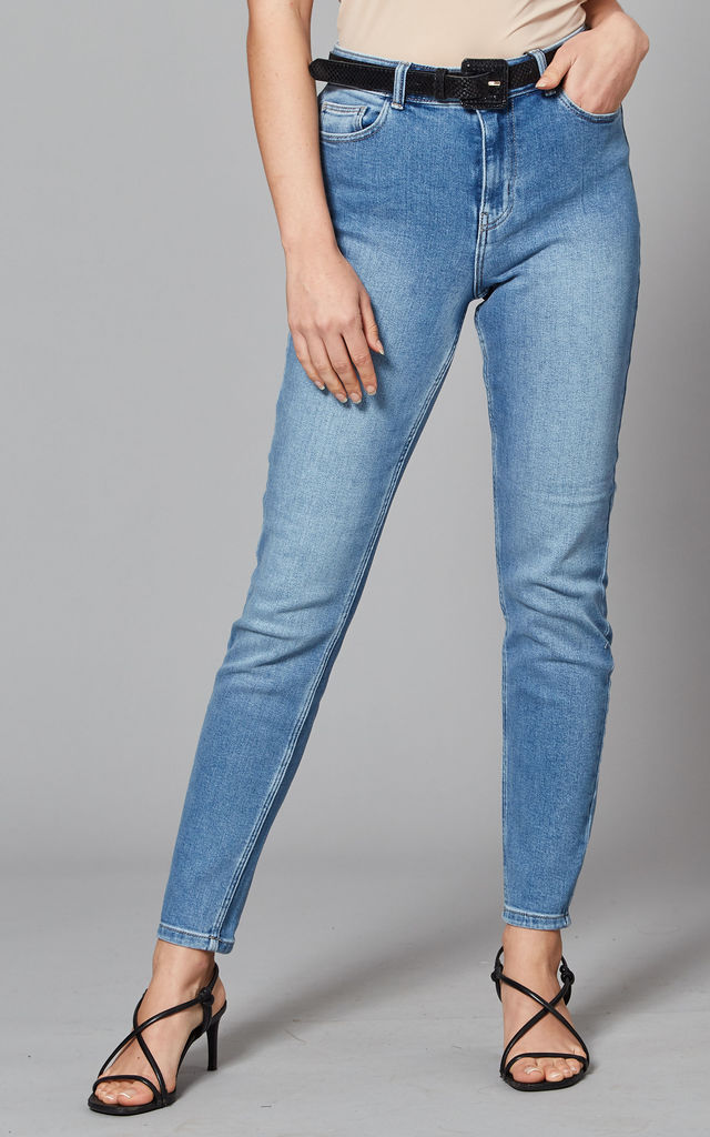 Mid Rise Slim Denim Jeans in Light Blue by Pieces