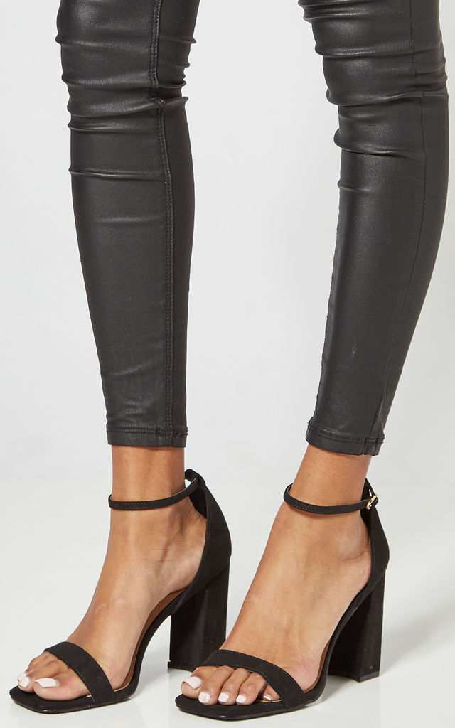 Black Block Heeled Shoes With Ankle Strap by Truffle Collection